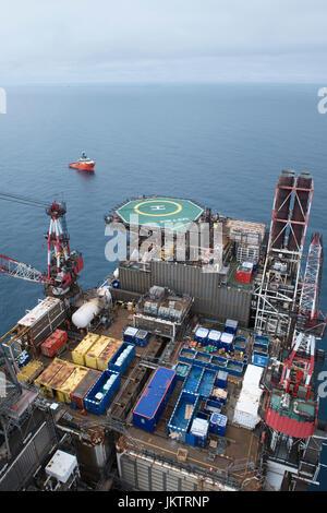Petrofac as duty holder on BP Miller oil gas north sea installation.  credit: LEE RAMSDEN / ALAMY