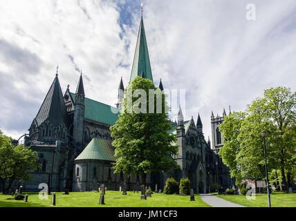 Nidaros Cathedral (Nidarosdomen / Nidaros Domkirke) Lutheran church built on Saint Olav burial site. Trondheim, - Stock Photo
