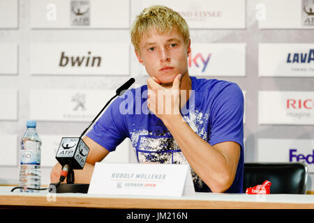 Hamburg, Germany, 25th July 2017: 16 years old tennis player Rudolf Molleker during the German Open 2017 at the - Stock Photo