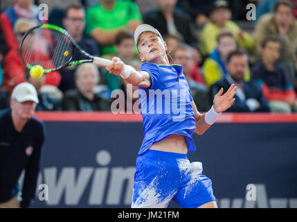 Hamburg, Germany. 25th July, 2017. Rudolf Molleker of Germany playing against Karen Khachanov of Russia in the first - Stock Photo