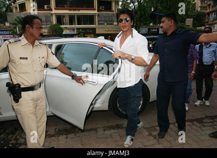 Muumbai, india, 26th july 2017.Bollywood actor Shahrukh khan during a song launch of film 'Jab harry met sejal'at - Stock Photo