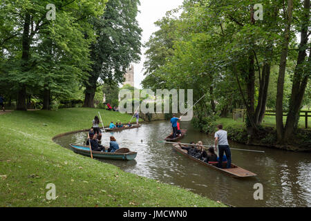 Punts on the River Cherwell in Oxford, England, UK. - Stock Photo