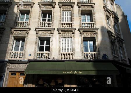 EUROPE, FRANCE, PARIS, THE MARAIS DISTRICT - Stock Photo