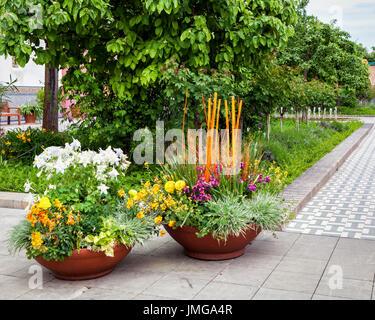 """Berlin,Marzahn.Gardens of the World botanic garden,Gärten der Welt. Arabian-themed Oriental Garden,""""Garten der vier - Stock Photo"""