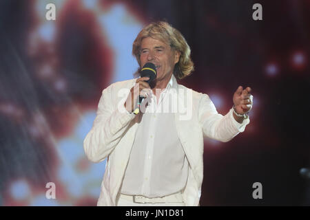 Bad Kleinkirchheim, Austria. 28th July, 2017. The Austrian pop singer Hansi Hinterseer performs during the final - Stock Photo