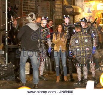 Megan Fox, Stephen Amell, Jeremy Howard, Noel Fisher, Alan ...