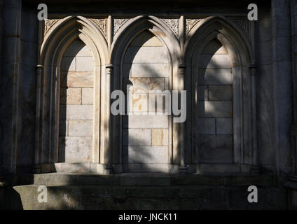Blind arcade at all saints church stand whitefield - Stock Photo