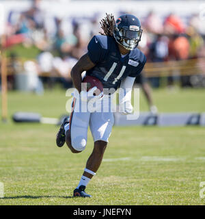 Bourbonnais, Illinois, USA. 29th July, 2017. - Chicago Bears #11 Kevin White runs with the ball during training - Stock Photo
