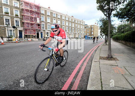 London, UK. 30th July, 2017. The Prudential Ride London 2017 cycle festival gets underway with thousands of amateur - Stock Photo