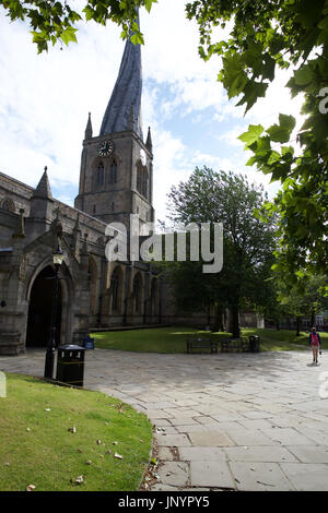 Chesterfield, UK. 31st July, 2017. Blue skies over St Mary's and all Saints   crooked spire church in Chesterfield - Stock Photo