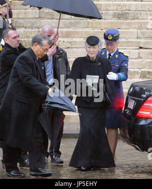 BRUSSELS, Belgium - Photo taken on Dec. 12, 2014, shows Japanese Empress Michiko, who attended a state funeral in Brussels for Belgian Dowager Queen Fabiola. Emperor Akihito and Empress Michiko developed a close friendship with the late King Baudouin and Queen Fabiola, and the Japanese imperial couple attended a funeral for the king when he died in 1993. (Kyodo)