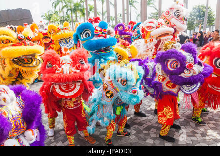 China, Hong Kong, Annual New Years Day Festival Parade, Chinese Lion Dancers - Stock Photo