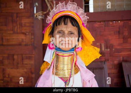 Inle lake, Nyaungshwe township, Taunggyi district, Myanmar (Burma). Portrait of a Kayan (Padaung) woman. - Stock Photo