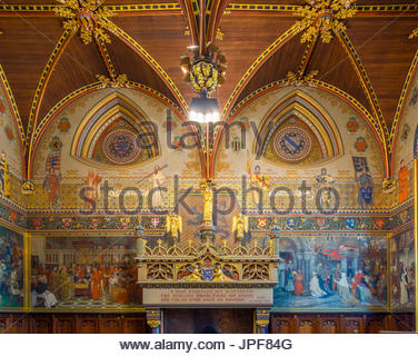 Belgium, West Flanders (Vlaanderen), Bruges (Brugge). Interior of the Gothic Hall at Stadhuis van Brugge city hall. - Stock Photo
