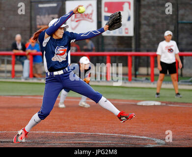 Chicago, USA. 1st Aug, 2017. Wang Lan of the Beijing Eagles pitches against the Chicago Bandits during the National - Stock Photo