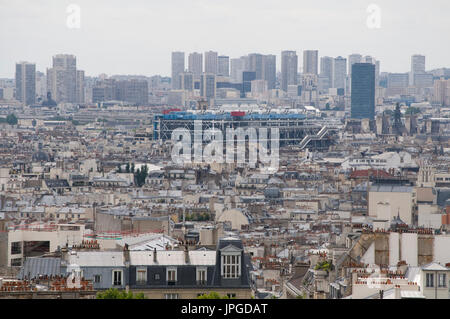 South-east Paris from Montmartre, near Sacre-Coeur. The Centre Pompidou in the middle with high-rise of 13th arrondissement - Stock Photo