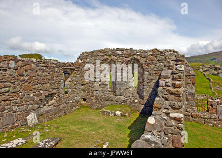 Inch Kenneth near the Isle of Mull, Scotland. 13th century ruined chapel showing the double lancet windows in the - Stock Photo