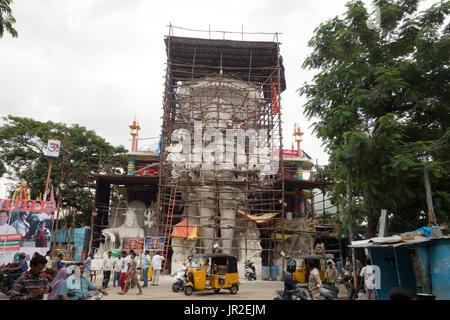 Sculptors work on 57 foot Ganesh idol popularly known as Khairatabad Ganesh,one of the tallest in the country in - Stock Photo