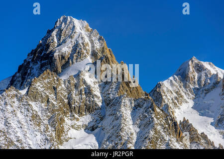 The Aiguille d'Argentiere in autumn from the Cheserys, in the Aiguilles Rouges mountain range, Haute Savoie, Mont - Stock Photo