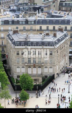 Haussmann building of the Qatari embassy, in the center of Paris, Ile-de-France, France, near Champs Elysées avenue. - Stock Photo