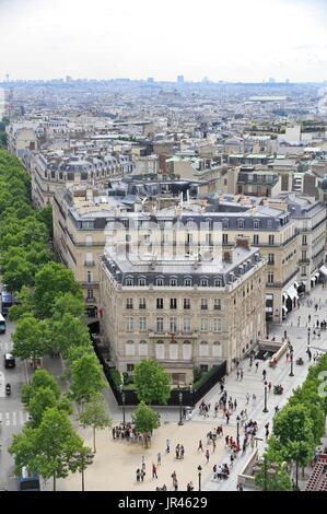 Haussmann building of the Qatari embassy, in the center of Paris, Ile-de-France, France, near Champs Elysées avenue. - Stock Photo
