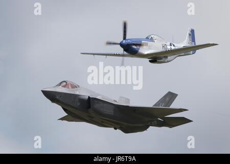 Fairford, Gloucestershire, UK - July 10th, 2016: An RAF Lockheed Martin F-35 Lightning II & P-51 Mustang Heritage - Stock Photo