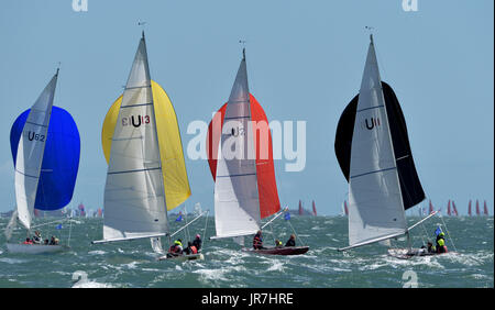 Cowes, UK. 4th Aug, 2017. Lendy Cowes Week Sailing All classes  Seaview Mermaid class yachts Credit: Leo Mason sports - Stock Photo