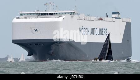 Cowes, UK. 4th Aug, 2017. Lendy Cowes Week Sailing All classes Credit: Leo Mason sports photos/Alamy Live News - Stock Photo