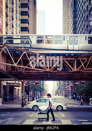 A view of the Chicago 'L' train, looking down Dearborn Street from Lake Street, Chicago, Illinois. - Stock Photo