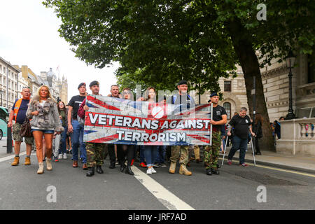London, UK. 5th Aug, 2017. Veterans Against Terrorism group take a petition to Downing Street asking the British - Stock Photo