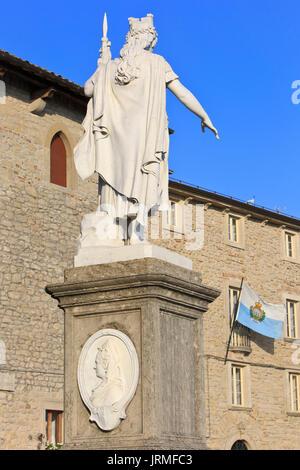 The Statua della Liberta (Statue of Liberty) at Liberty Square in San Marino - Stock Photo