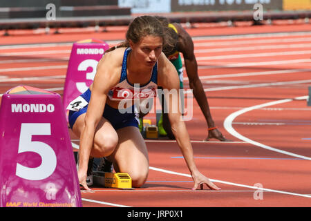 London, UK. 6th August, 2017. Zoey Clark at the start of heat five of the Women's 400m on day three of the IAAF - Stock Photo