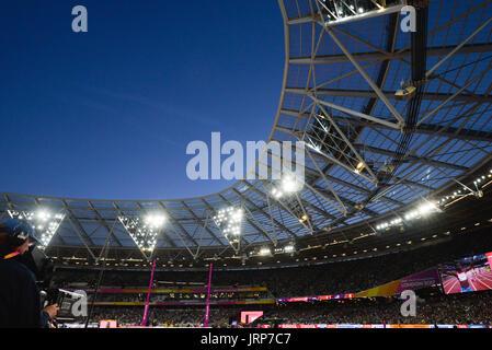 London, UK. 6th August 2017. IAAF World Championships.  Sunday. Stadium atmosphere Credit: Matthew Chattle/Alamy - Stock Photo