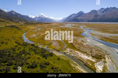 Wide riverbed of Tasman River, Mount Cook at back, Mount Cook National Park, Canterbury Region, South Island, New - Stock Photo