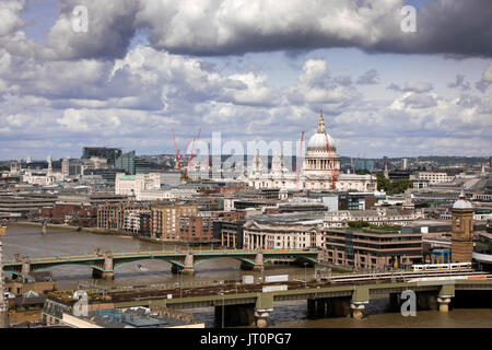 London, UK. 06th Aug, 2017. Views of the city of London, looking back to St Pauls Cathedral and the River Thames. - Stock Photo