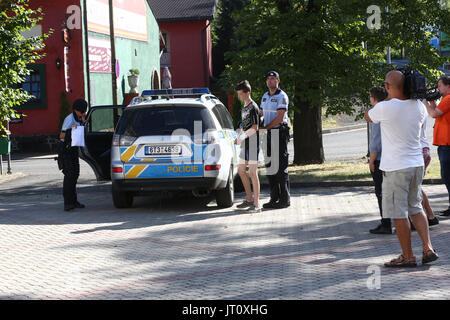 Frydek Mistek, Czech Republic. 05th Aug, 2017. A court has taken into custody two youths who are accused of having - Stock Photo