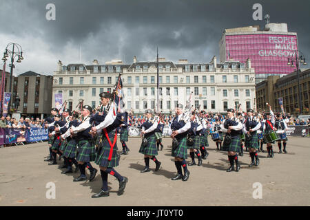 George Square, Glasgow, Scotland, UK. 7th Aug, 2017 Piping Live! - the Glasgow International Piping Festival began - Stock Photo