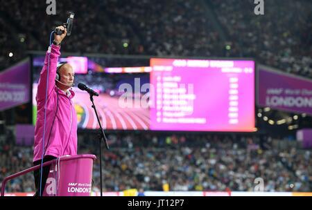 London, UK. 7th Aug, 2017. The starter for the womens 400m. IAAF world athletics championships. London Olympic stadium. - Stock Photo