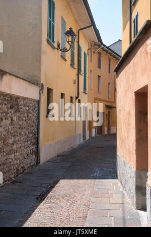 Cassano d'Adda (Milan, Lombardy, Italy): a typical old street - Stock Photo
