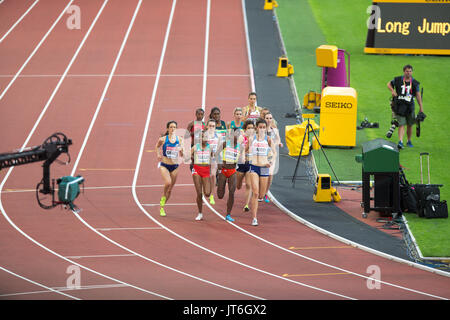 TV CAMERAS AND PRESS PHOTOGRAPHERS FILMING AND TAKING PHOTOS AT THE WORLD ATHLETIC CHAMPIONSHIP IN LONDON. - Stock Photo