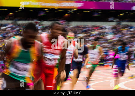 London, UK. 7th August, 2017. Athletes start their men's 200m heats on day four of the IAAF London 2017 world Championships - Stock Photo