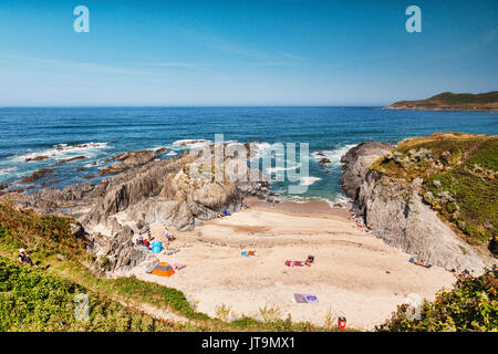 17 June 2017: Barricane Beach, Woolacombe, North Devon, England, Uk - The beach on one of the hottest days of the - Stock Photo