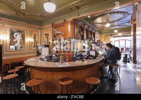 Art Nouveau Cafe de l'Opera, La Rambla (Les Ramblas), Barcelona, Catalonia, Spain, Europe - Stock Photo