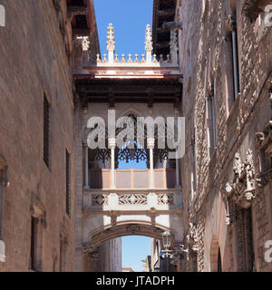Pont del Bispe Bridge over Carrer del Bispe street, Palau de la Generalitat, Barri Gotic, Barcelona, Catalonia, - Stock Photo