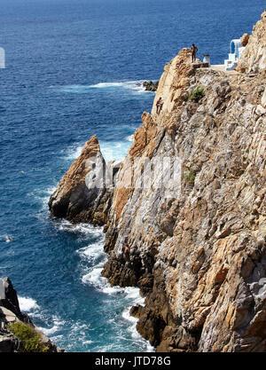 America; Mexico; Guerrero; Acapulco city;  the cliff at the Quebrada; the divers - Stock Photo