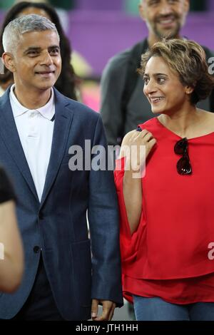 London, UK, UK. 5th Aug, 2017. Mayor of London SADIQ KHAN with his wife SAADIYA AHMED, leaves at the end of the - Stock Photo