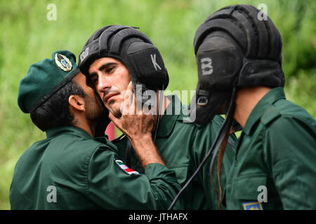 Primorsky Territory, Russia. 9th Aug, 2017. Iranian Navy marines compete in the relay race stage of the Seaborne - Stock Photo
