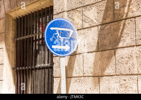 Cuban road sign for bicytaxis and cycle riskshaws in Havana, Cuba - Stock Photo