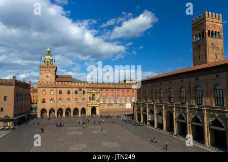 Palazzo d'Accursio, Piazza Maggiore, Bologna, Emilia-Romagna region, Italy - Stock Photo