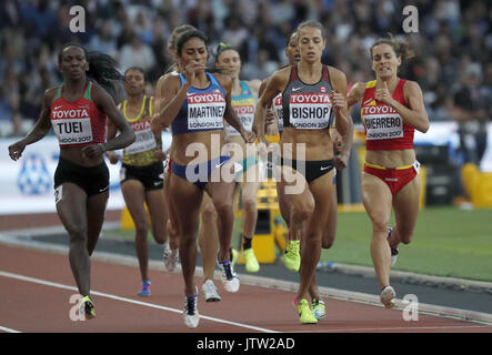 London, UK. 10th August, 2017. Spain's Esther Guerrero (R) competes in the women's 800m heats at the London 2017 - Stock Photo
